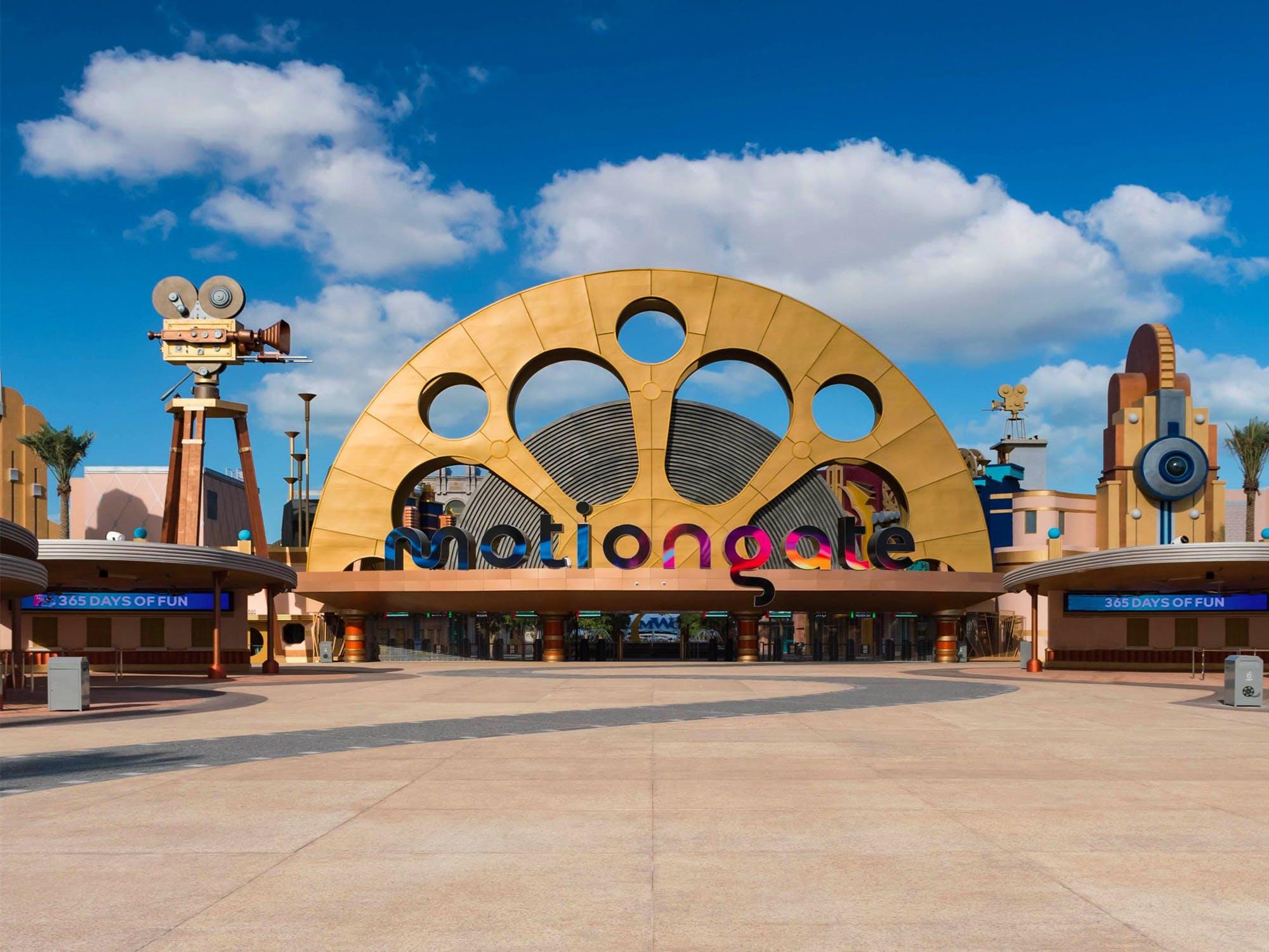 Best Theme Parks Dubai - Aquaventure - 2