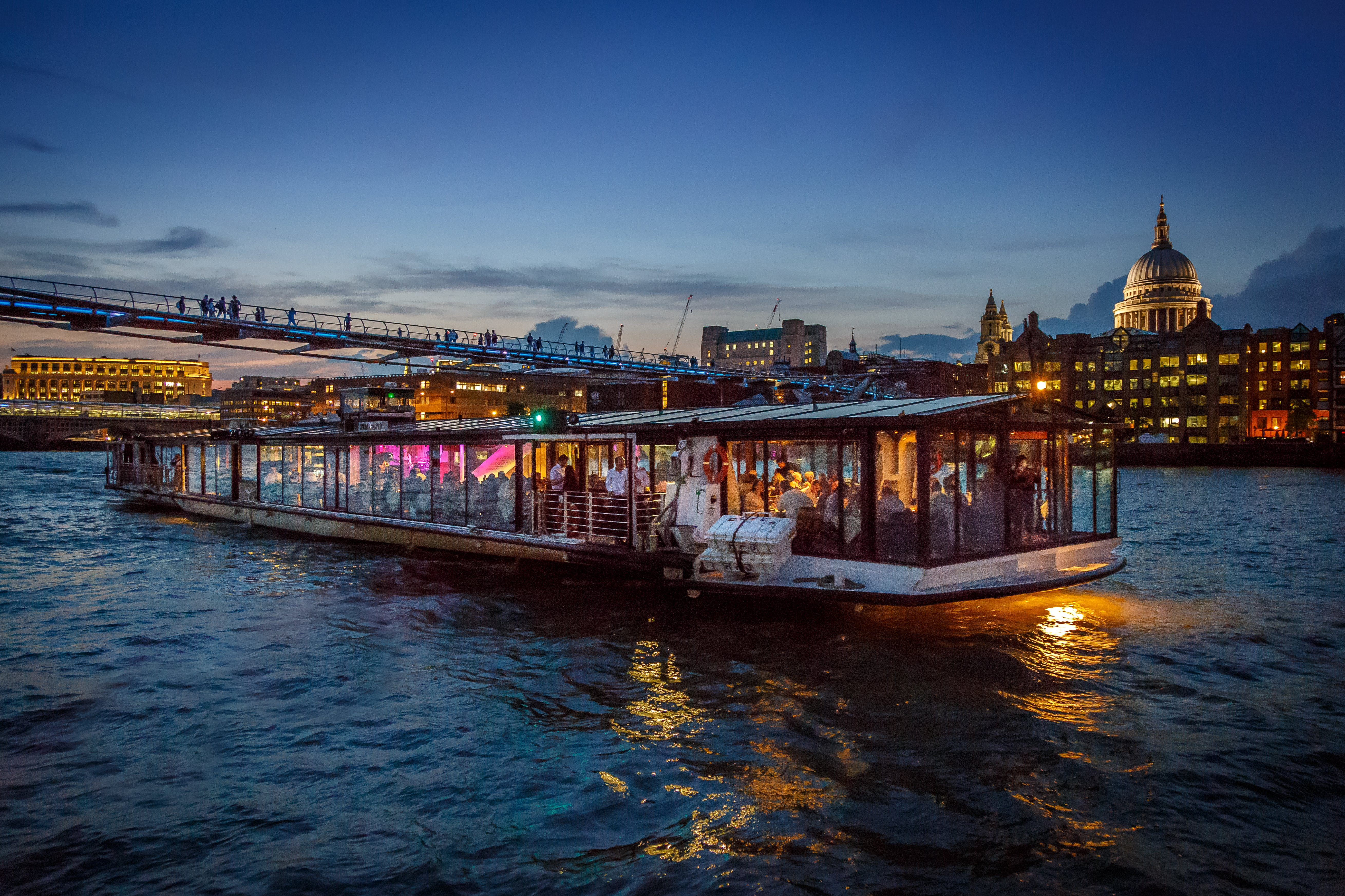 Seine River Cruises Best Price Tickets Tips And Reviews