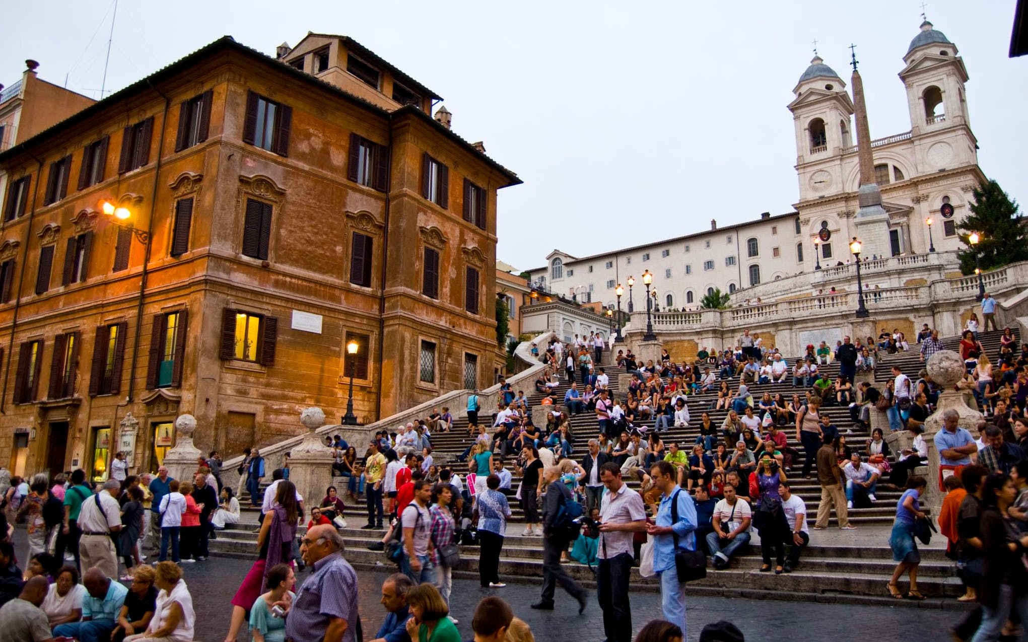 spanish steps to vicus caprarius underground walking tour - express entry-1
