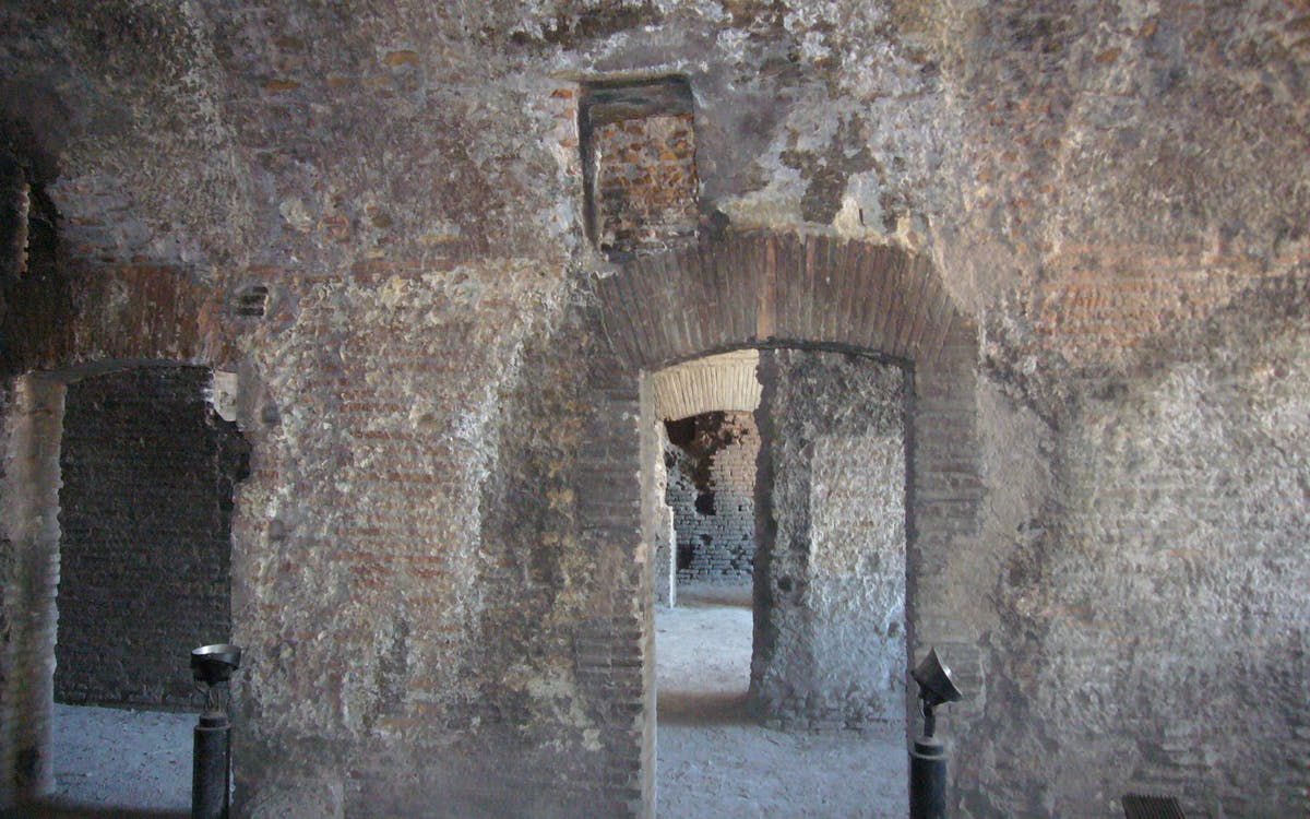 insula of the ara coeli underground walking tour - express entry-3