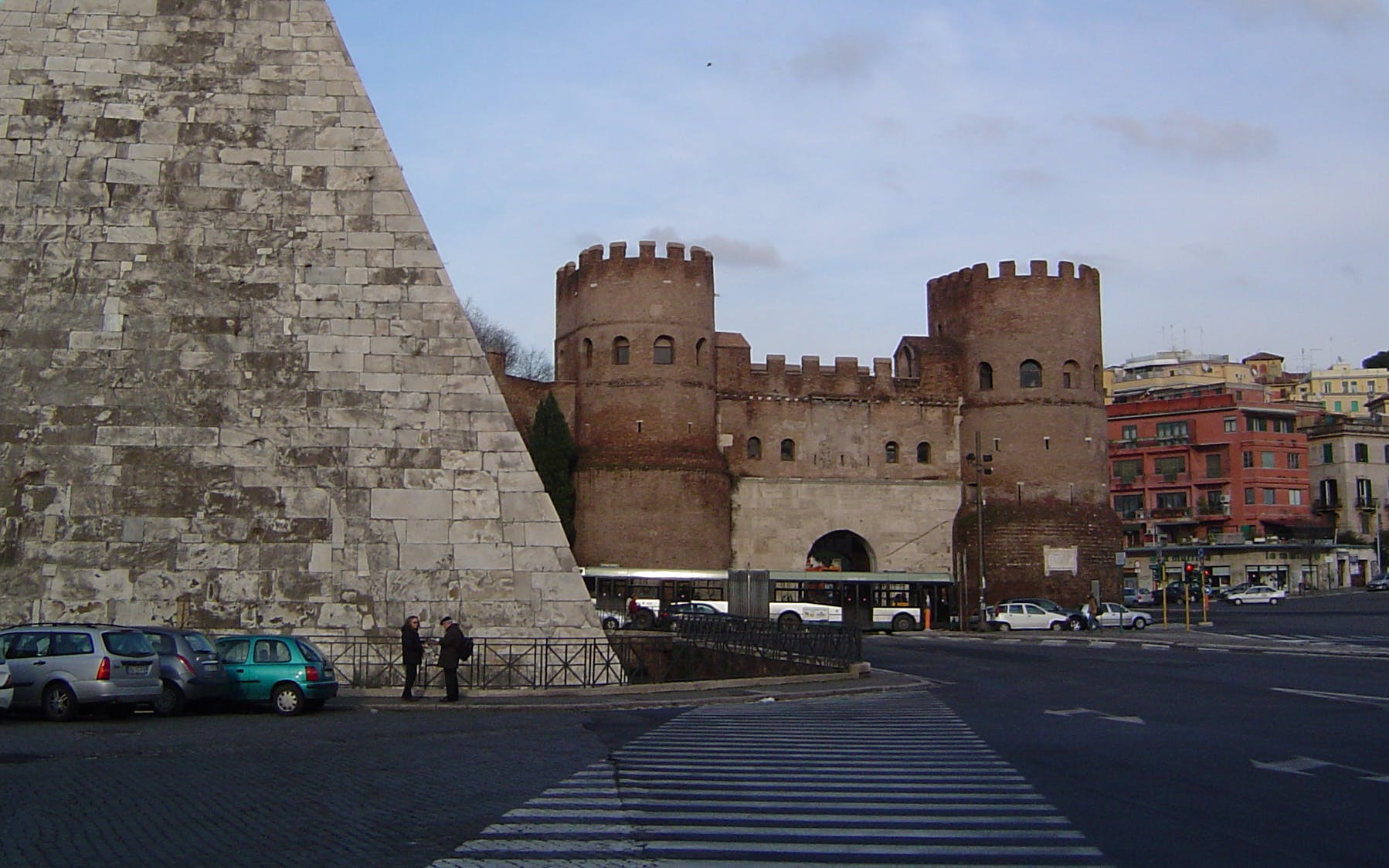 piramide cestia underground walking tour - private access-3