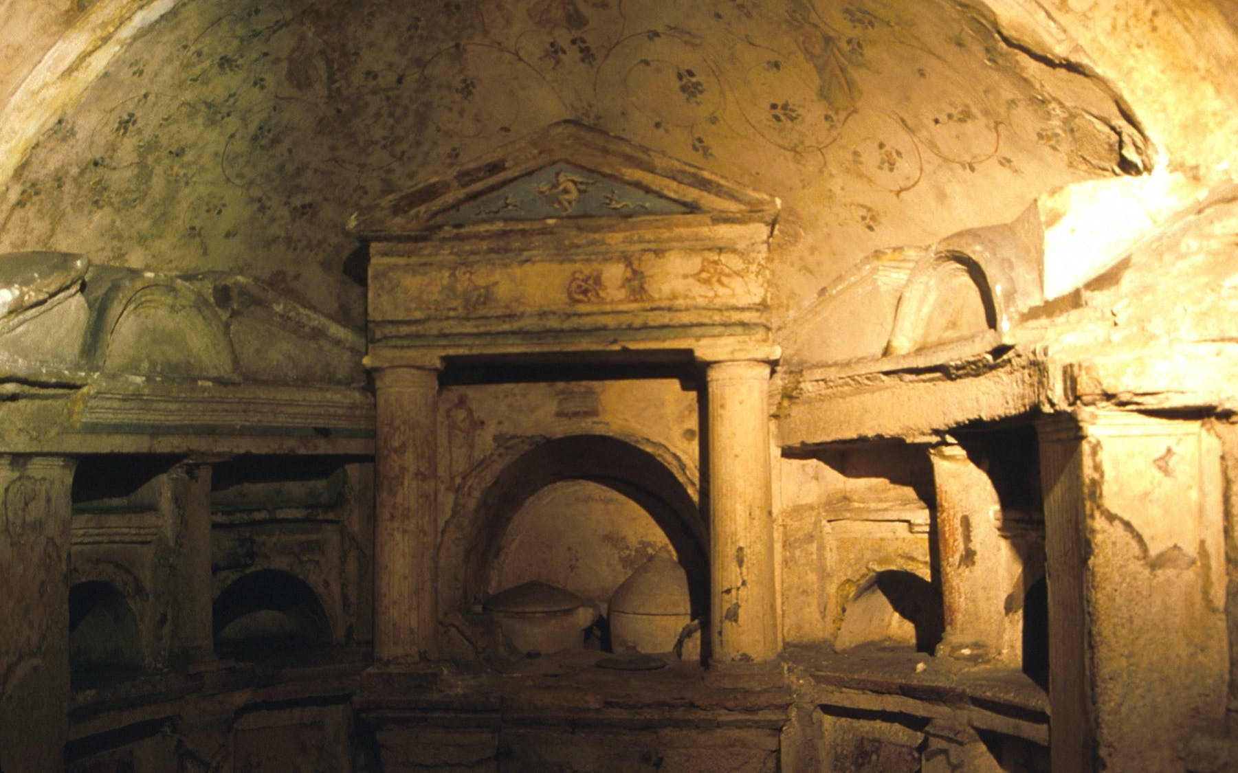 Graves of Pomponio Hylas Walking Tour - Private Access