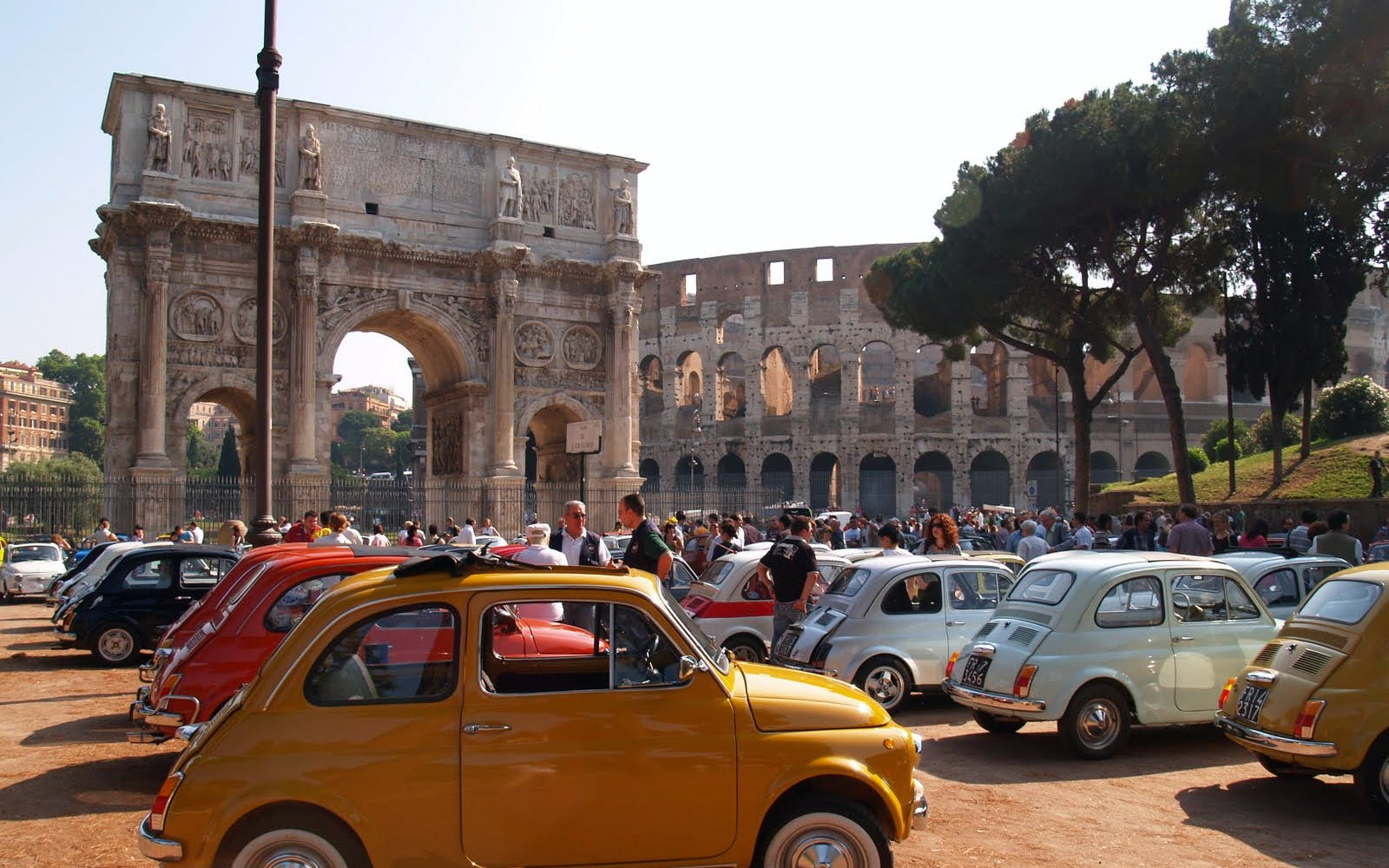 tour on board the legendary fiat 500-1