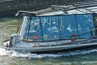 Bateaux Parisiens Lunch Cruise -2