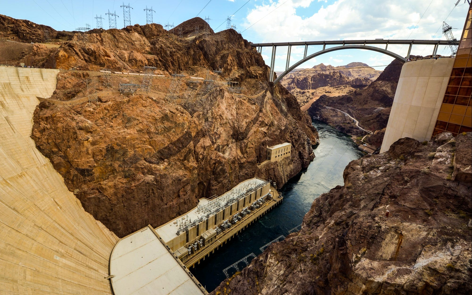 hoover dam half-day tour: premium group tour-2