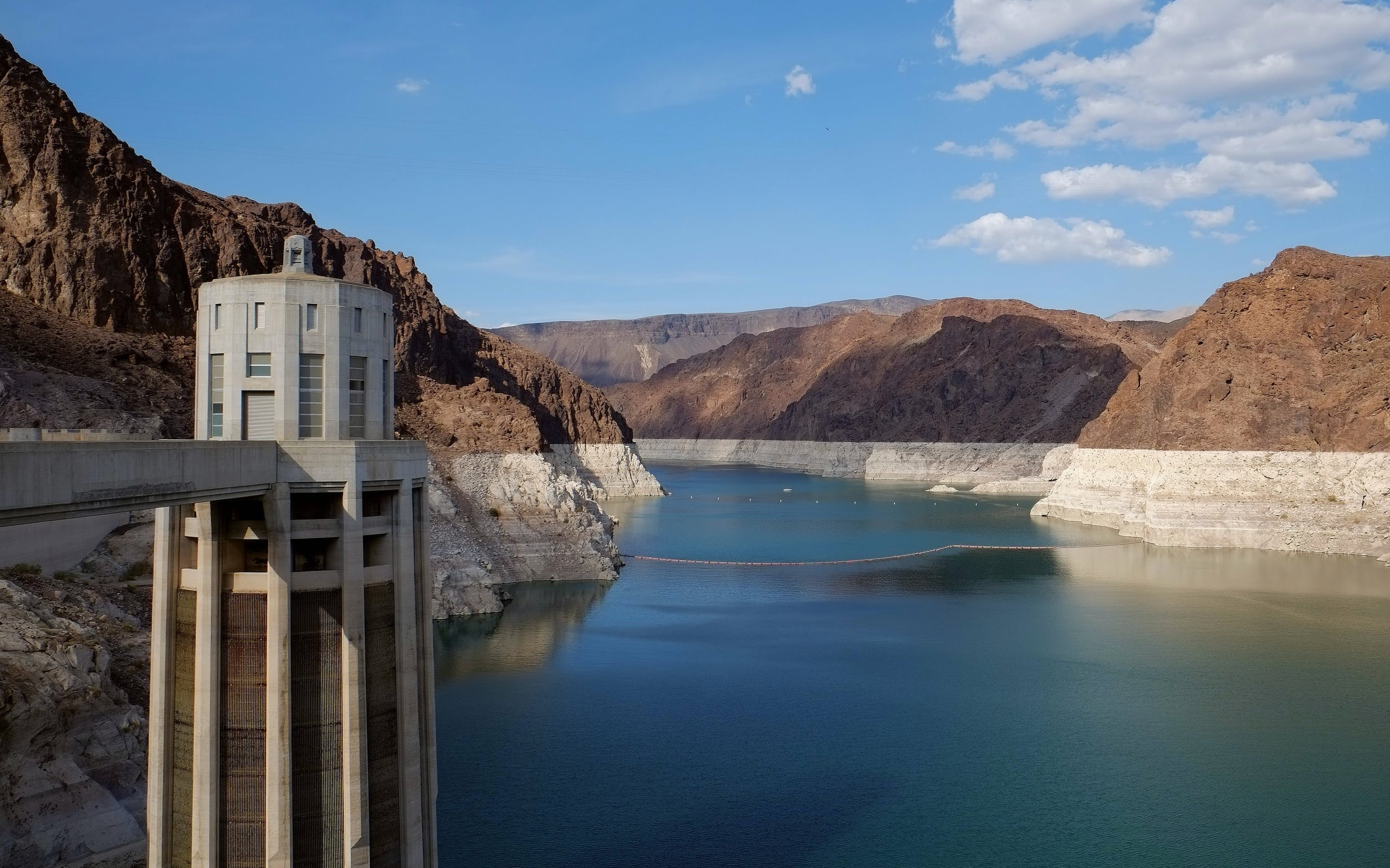 hoover dam half-day tour: premium group tour-3