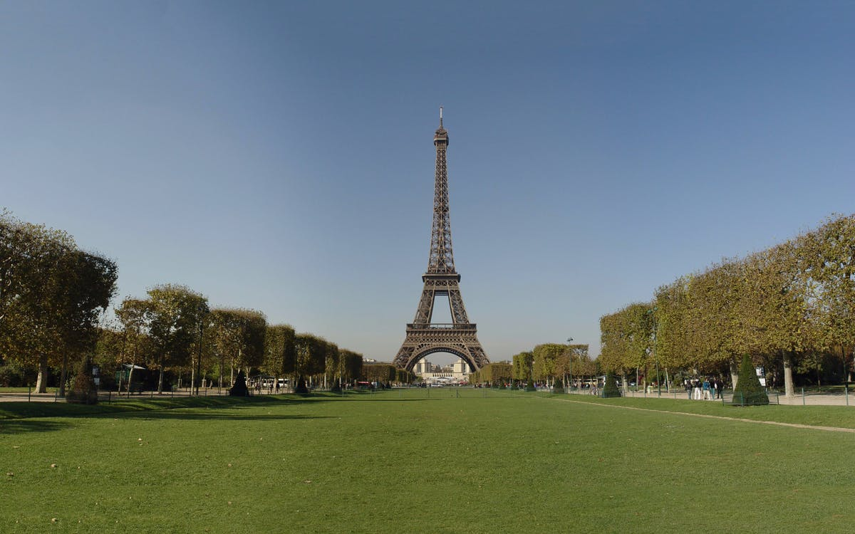skip the line: eiffel tower summit tickets & seine cruise combo-3