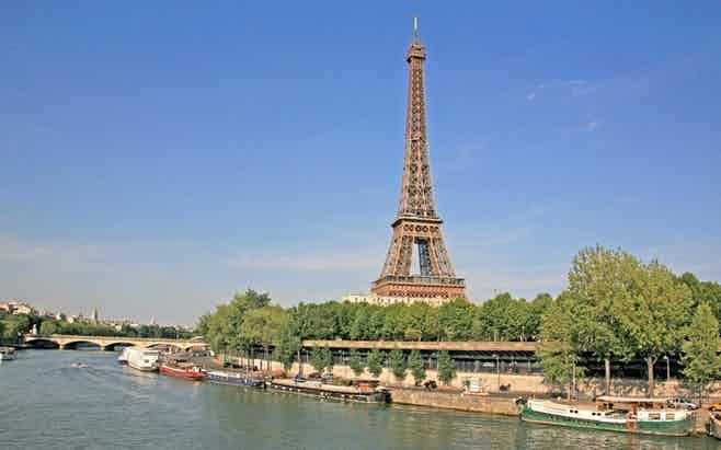 Paris in 3 days - Seine River Cruise