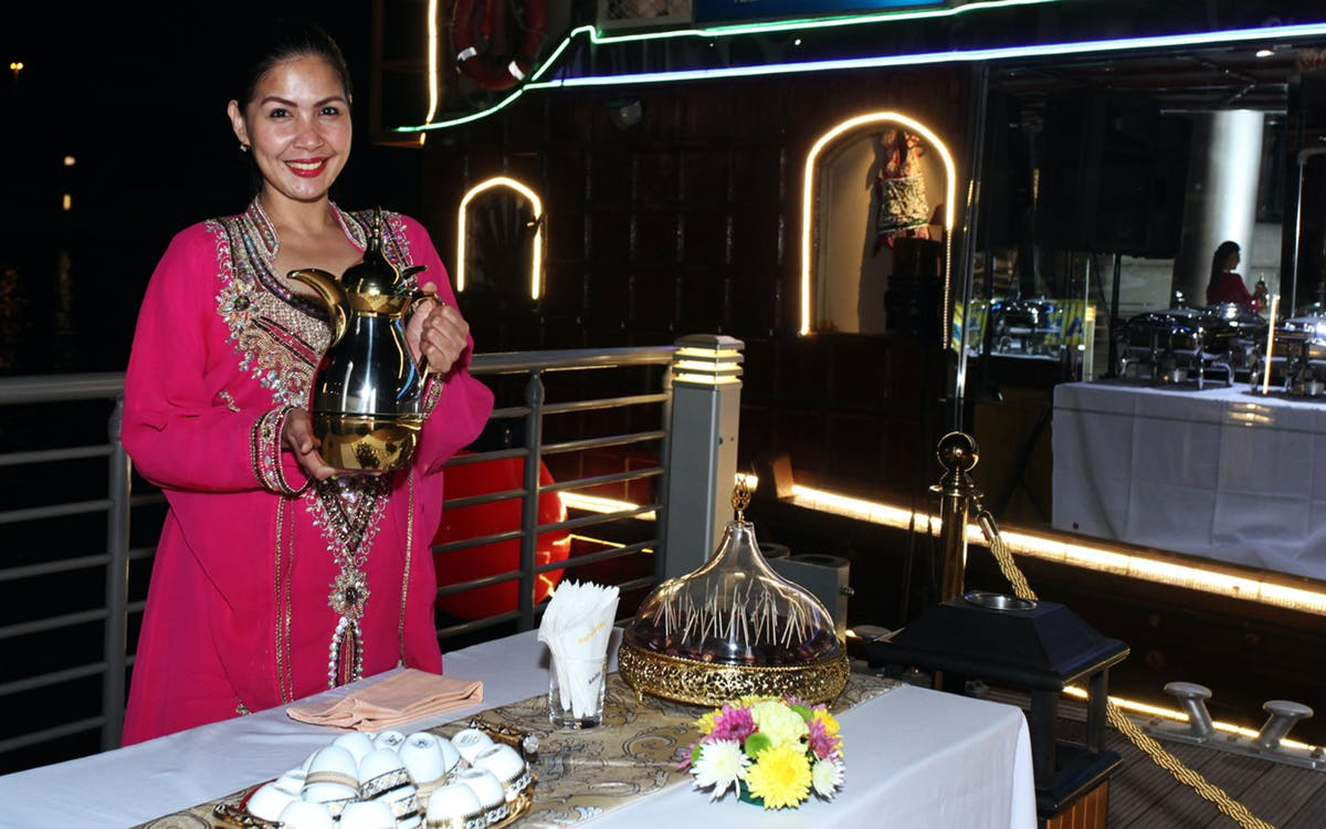 dubai water canal cruise with dinner-3