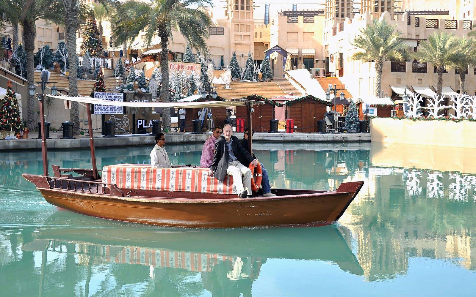 abra ride in the dubai water canal-5