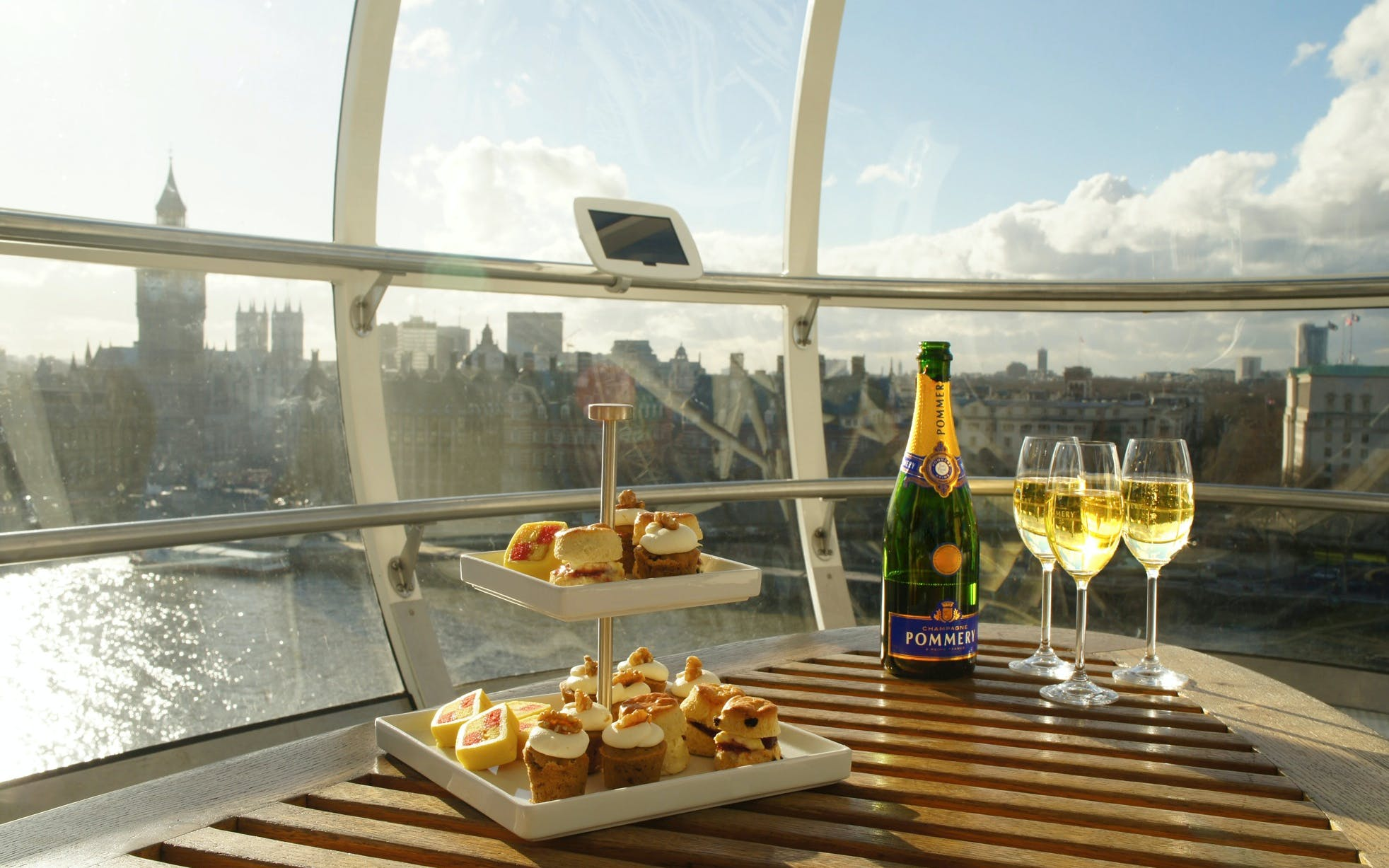 london eye champagne experience including fast track access-2