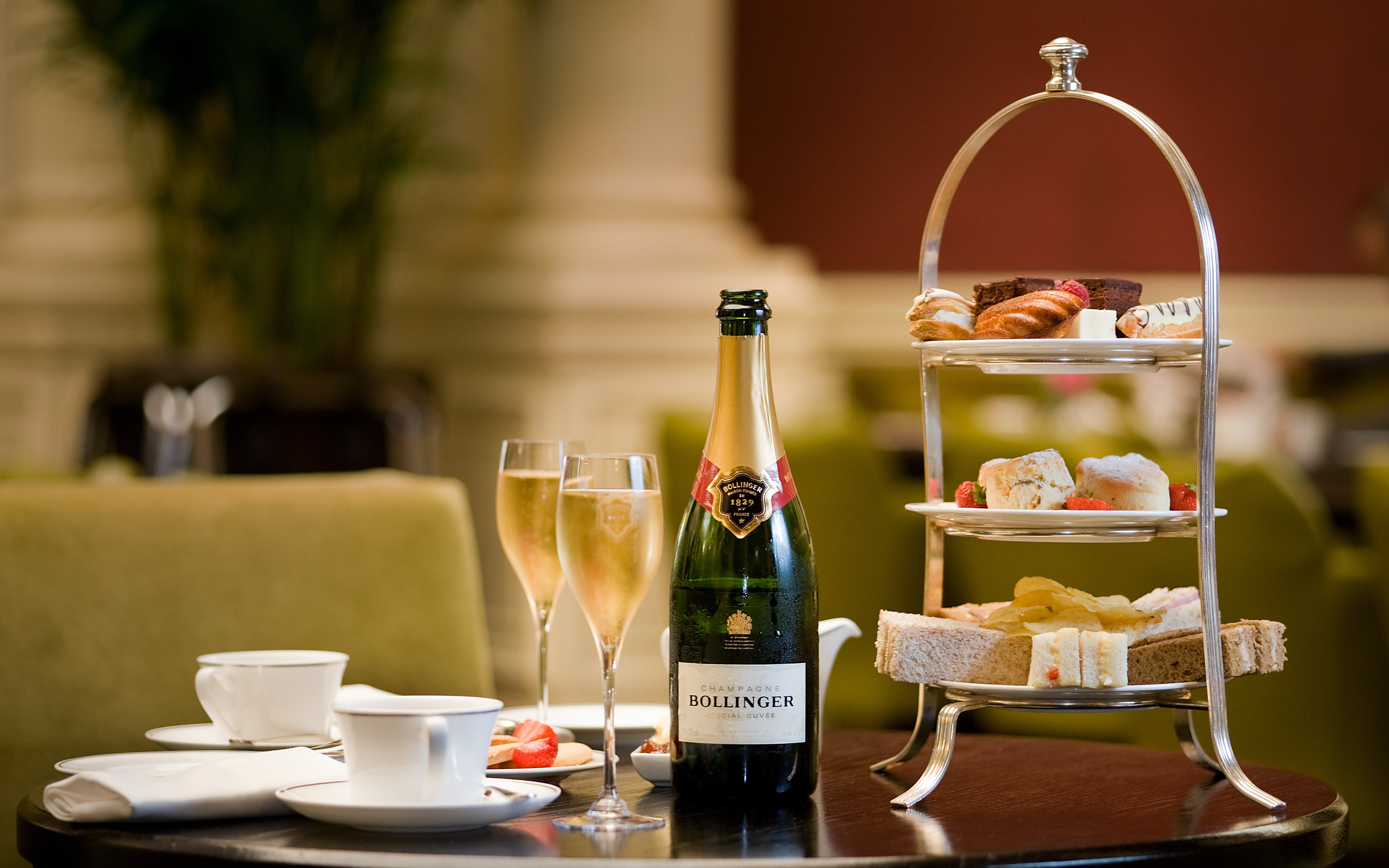 Champagne Afternoon Tea at the Hilton London Victoria Hotel