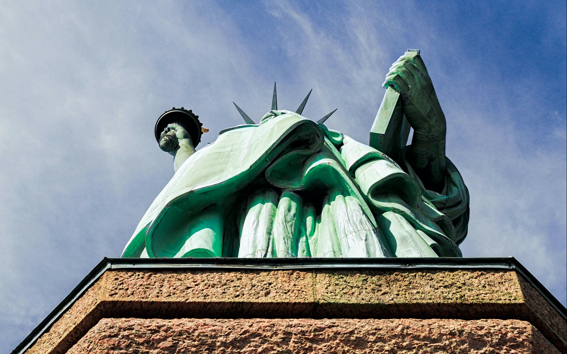 Twisted Statue Tour: Under the Skirt of Lady Liberty