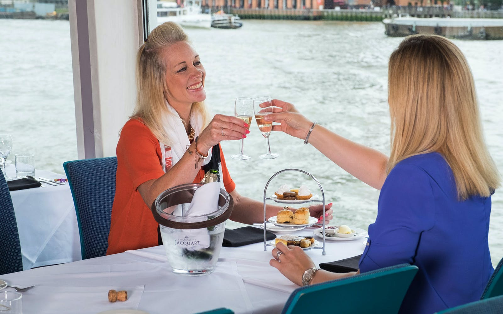 bateaux london: afternoon tea cruise-2