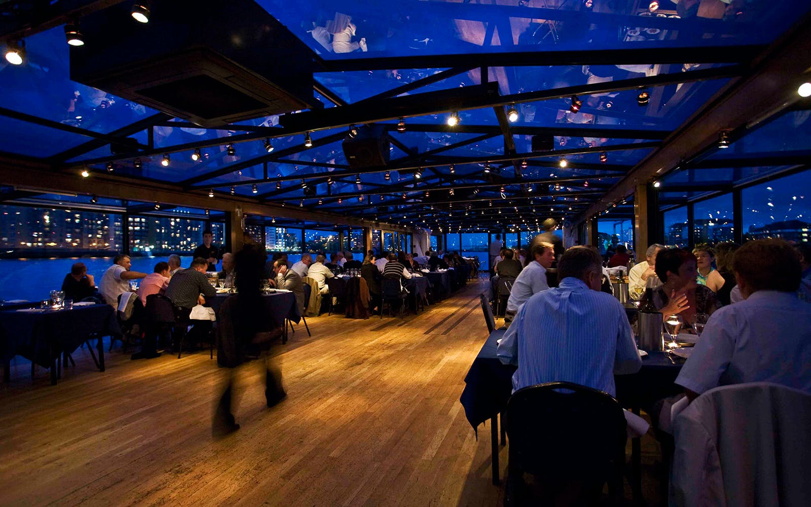bateaux london: dinner cruise on the thames-4
