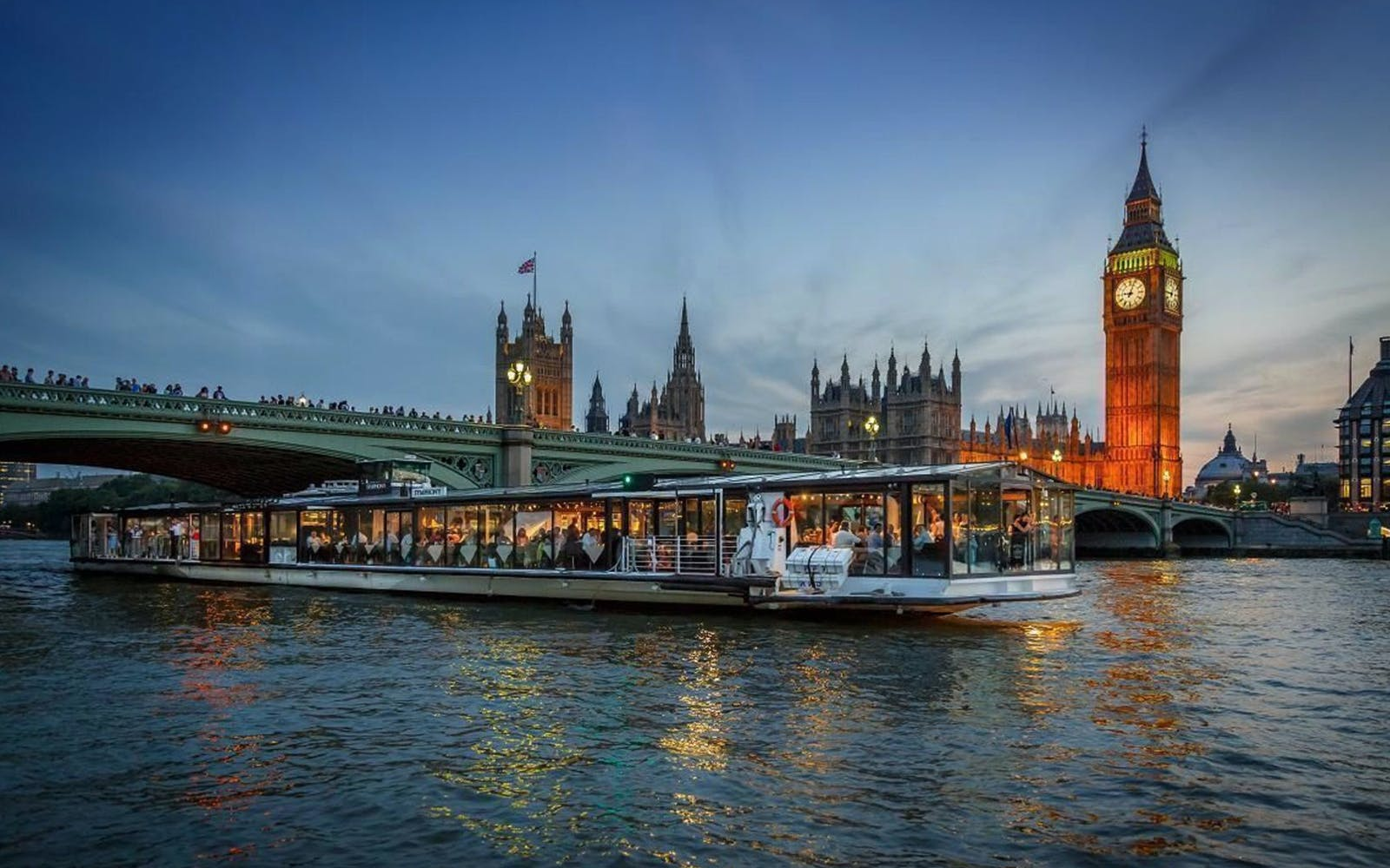 bateaux london: dinner cruise on the thames-1