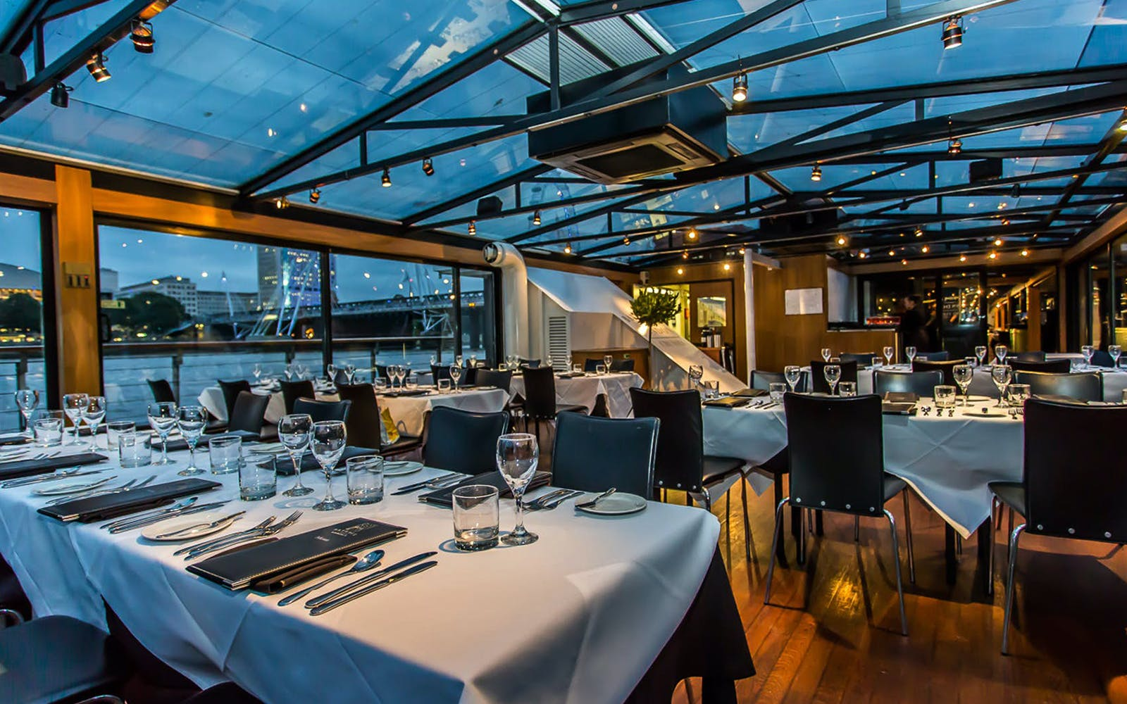 bateaux london: dinner cruise on the thames-2