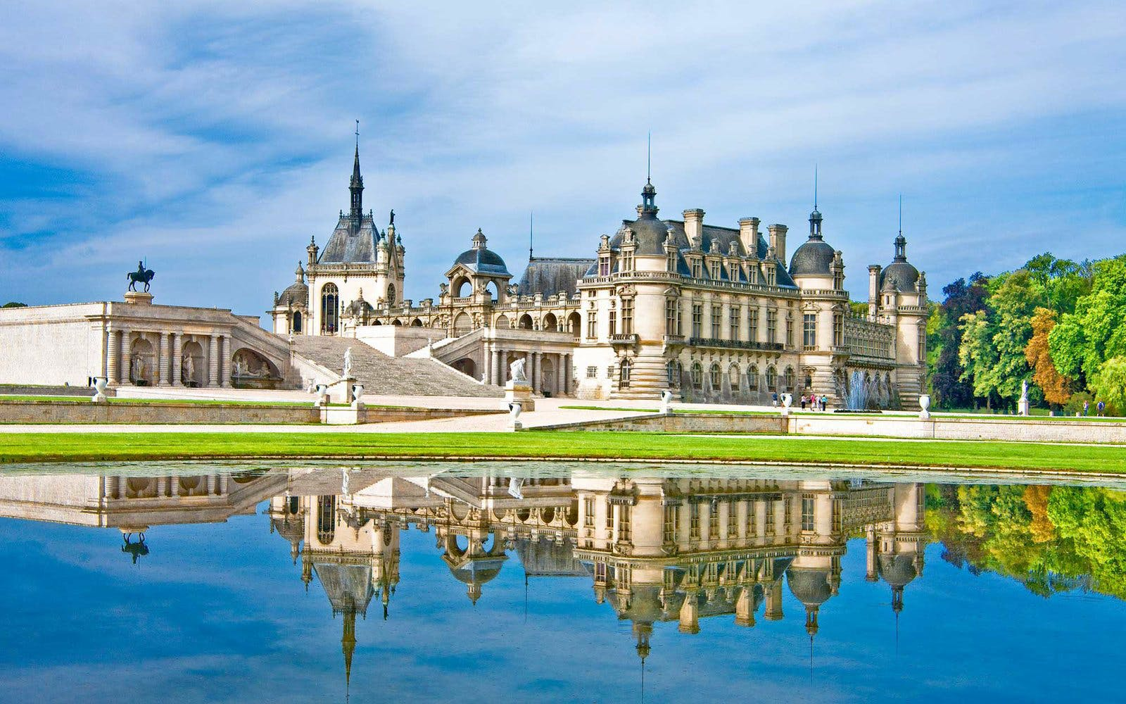 paris to loire valley day trip