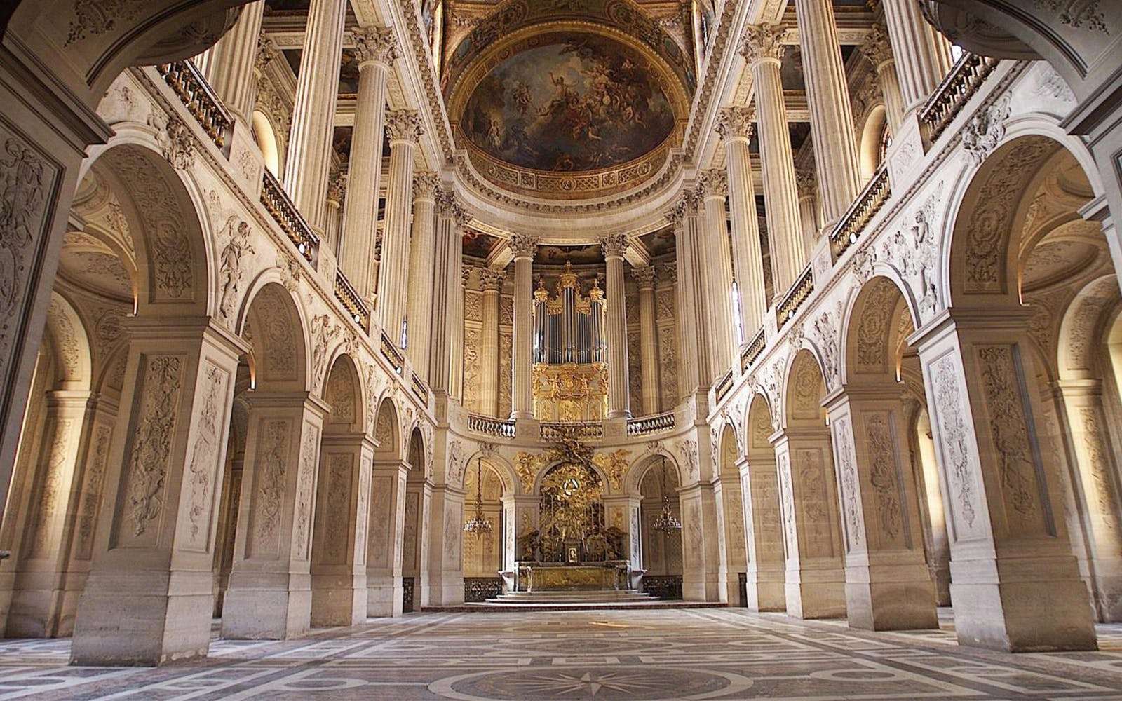 versailles palace skip the line + passport entry with audioguide-3