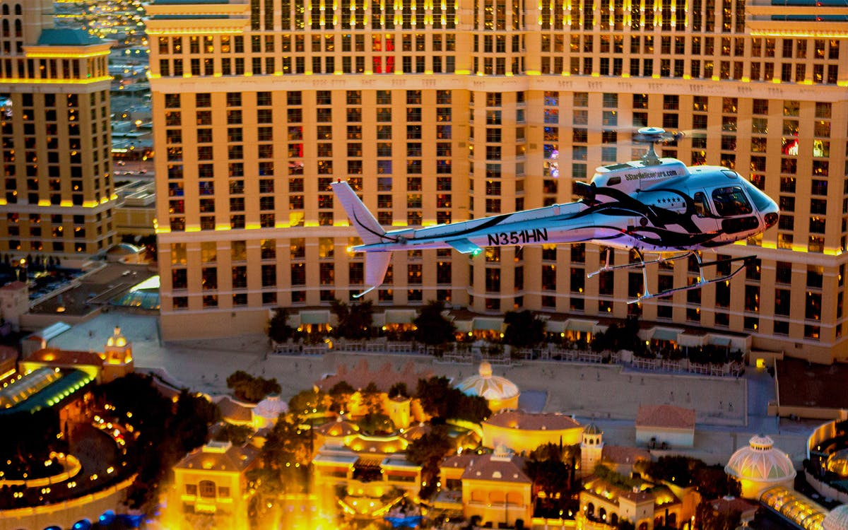vegas strip highlights heli tour without transfers-1