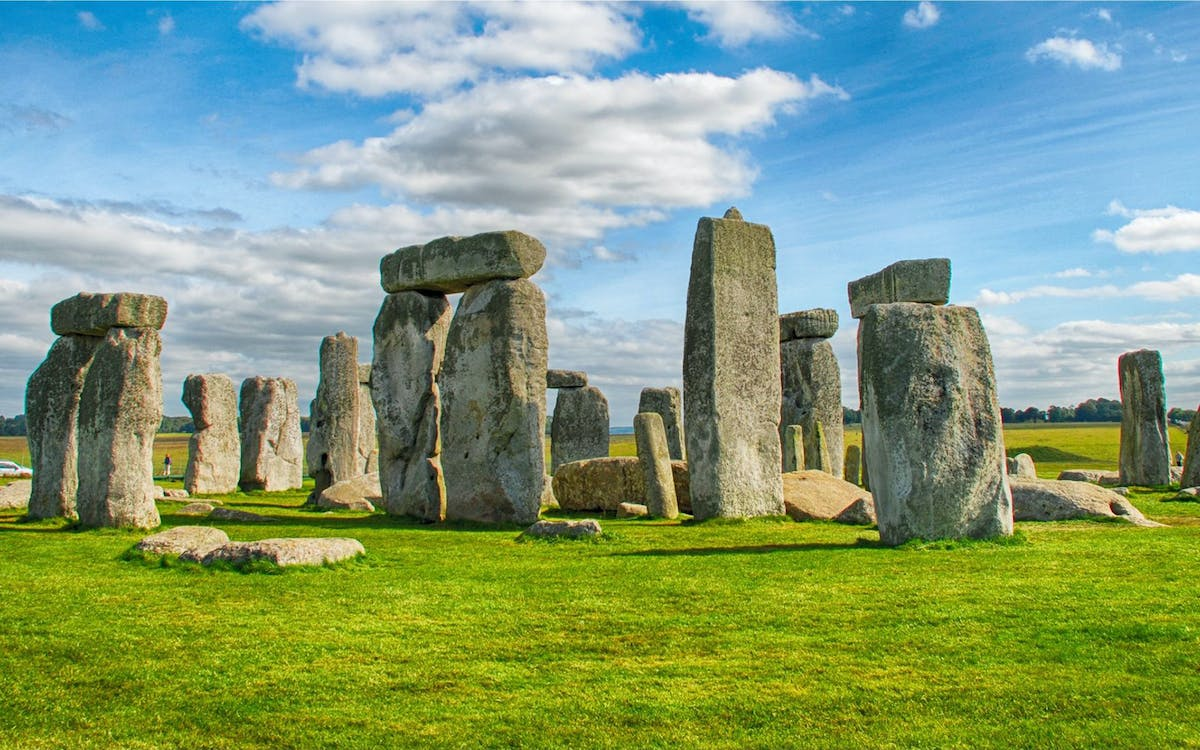 stonehenge half day tour from london with audio guide-1