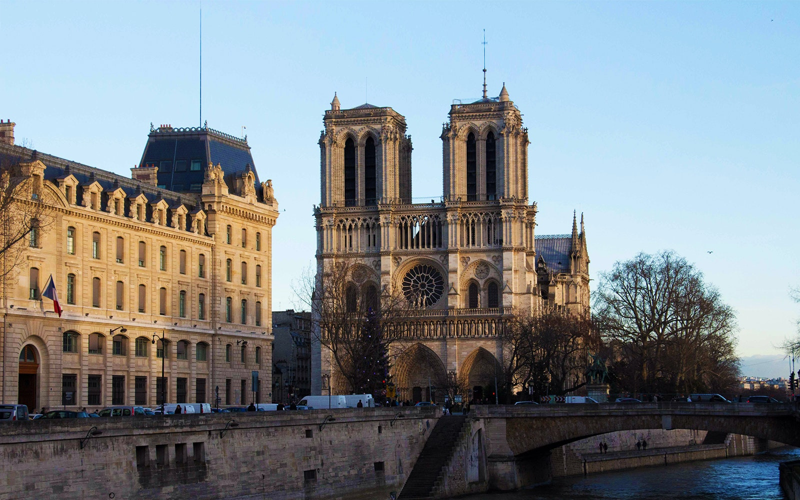 Notre Dame Cathedral Tickets