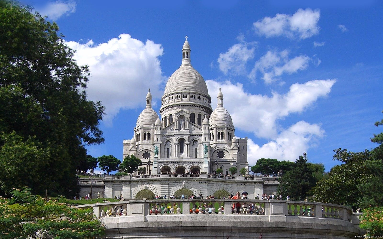 sacré-coeur and dome with expert tour guide-2