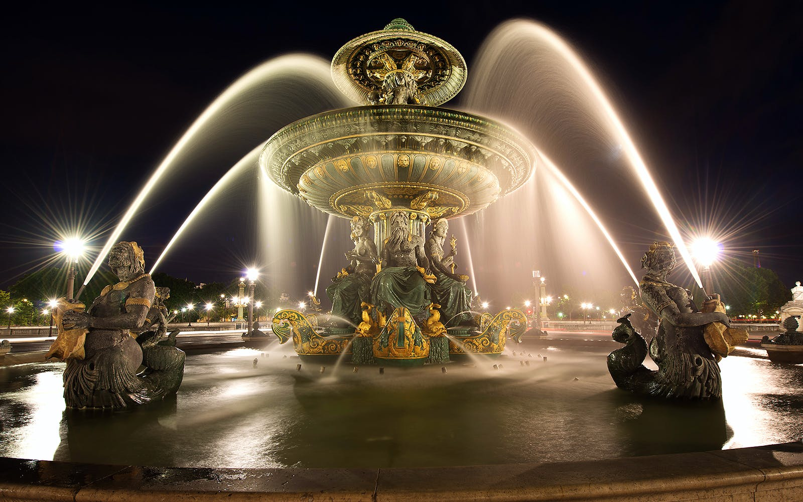 royal evening at versailles guided tour + great nocturnal waters show from paris-1