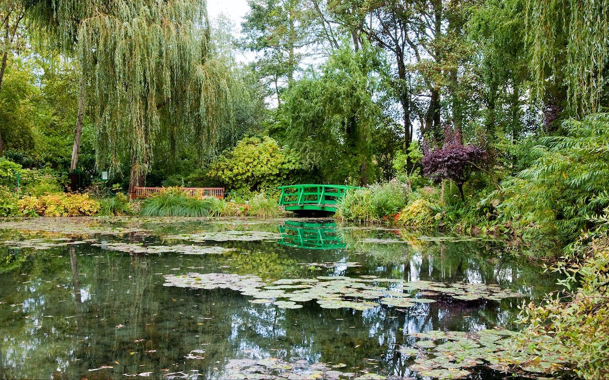 Guided Tour Giverny And Versailles