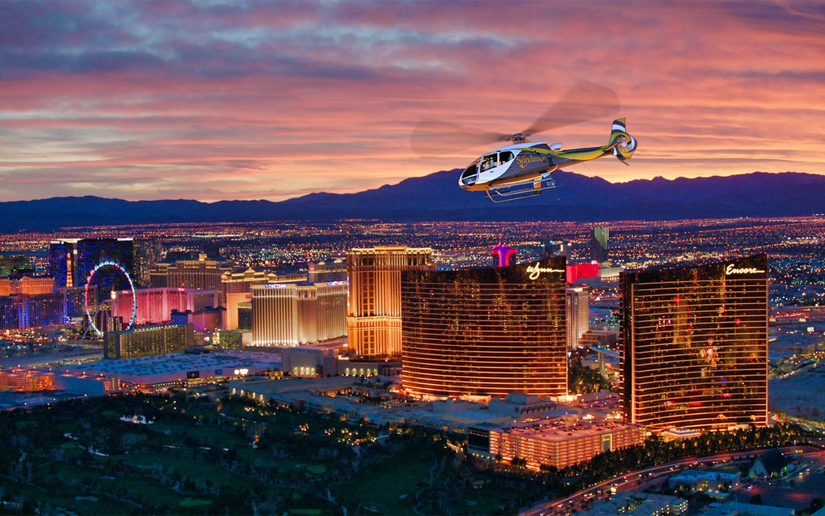 las vegas strip highlights helicopter tour-1