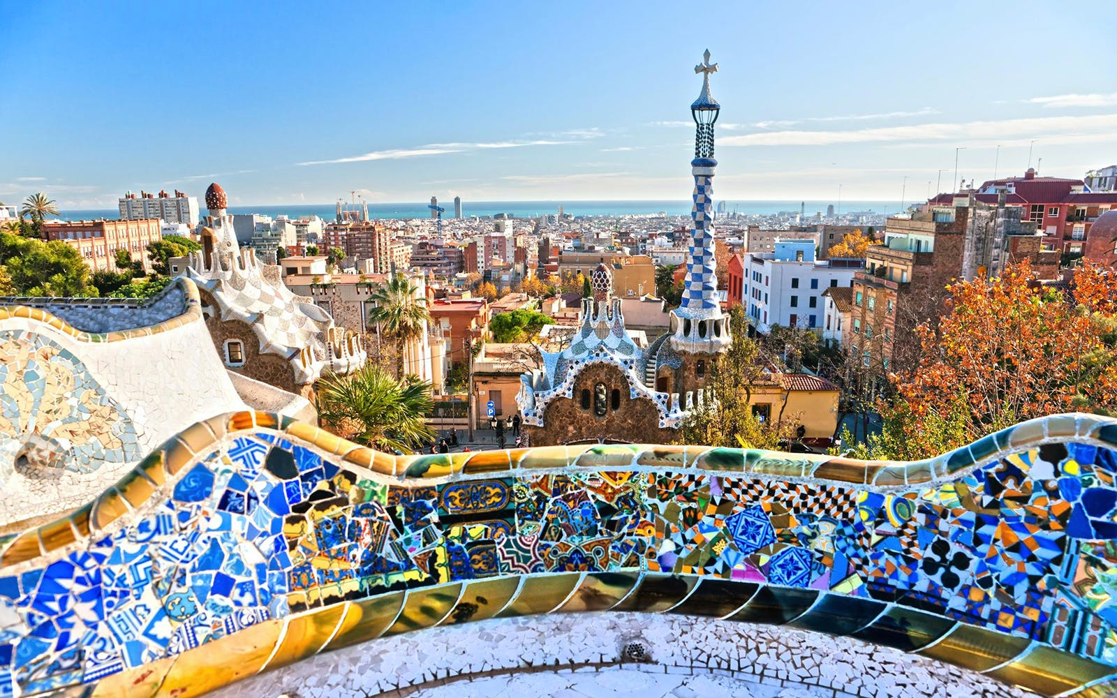 Guided Tour of Artistic Barcelona: Best of Gaudi