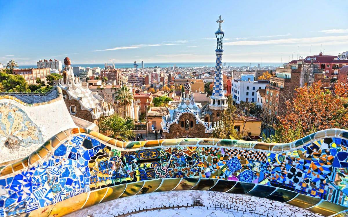 guided tour of artistic barcelona: best of gaudi-1