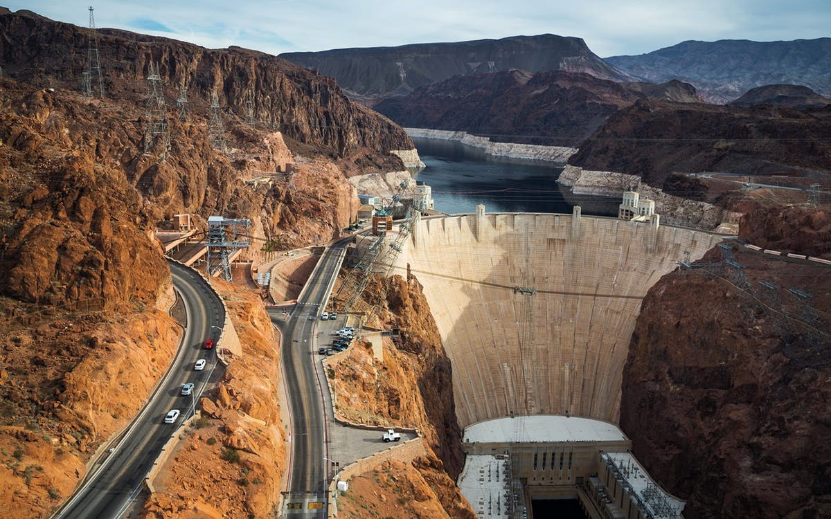 how to get from vegas to hoover dam
