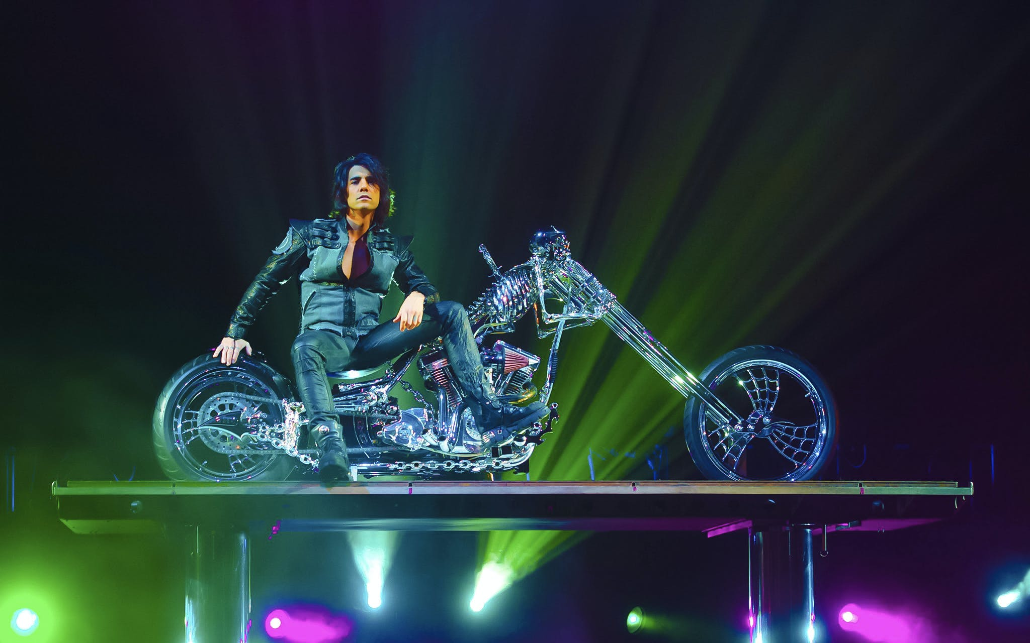 Criss Angel Mindfreak Live by Cirque du Soleil