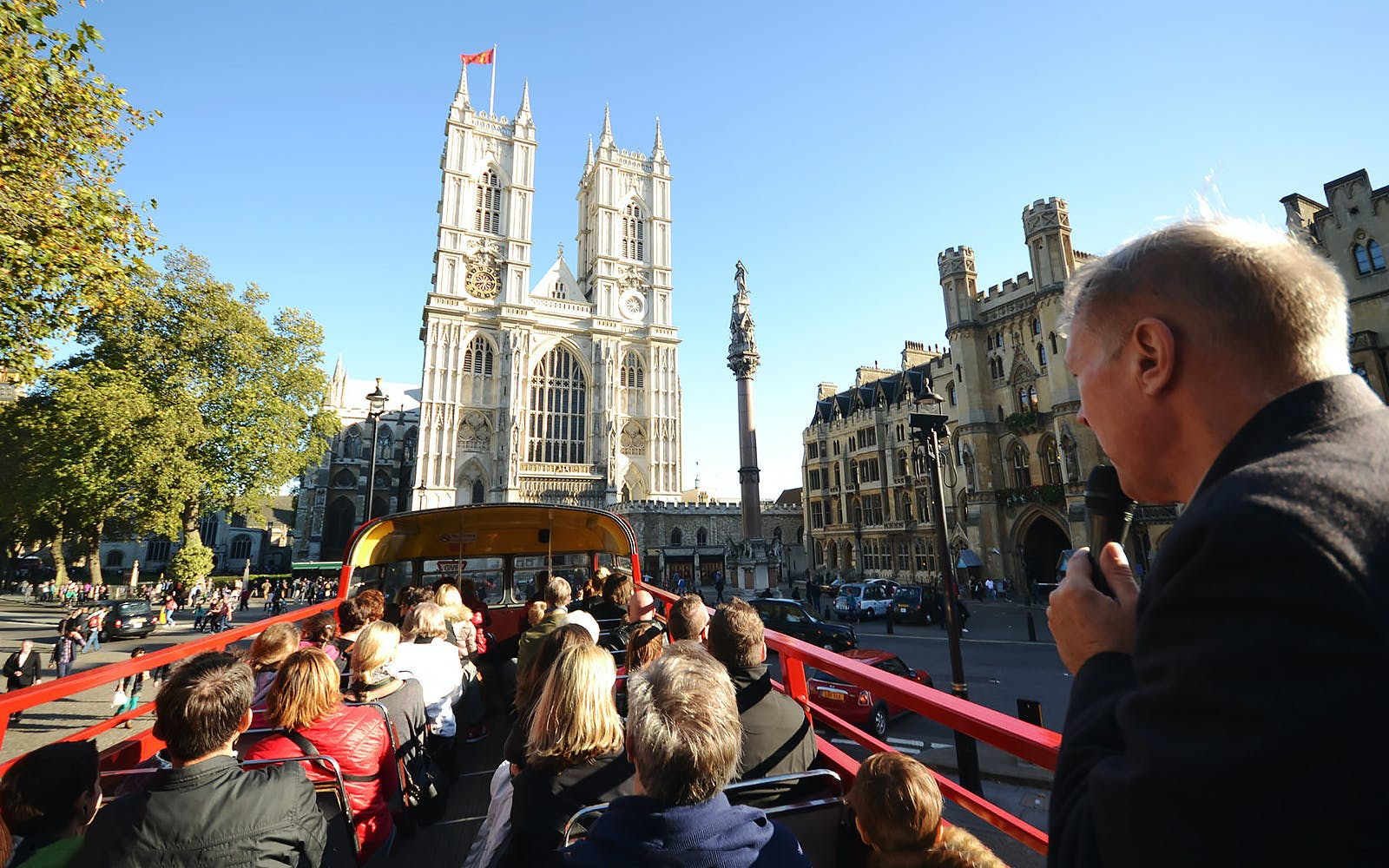 afternoon vintage bus tour with champagne tea and london eye-1