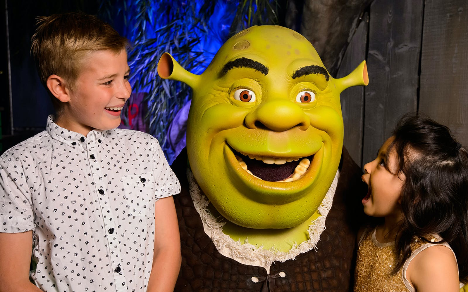 shrek's adventure tickets and 24 hours thames river cruise combo-3