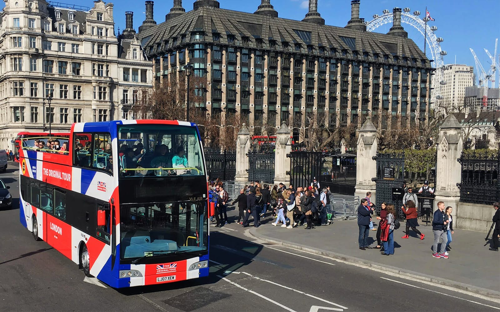 the original london hop-on-hop-off sightseeing bus & cruise tour -1