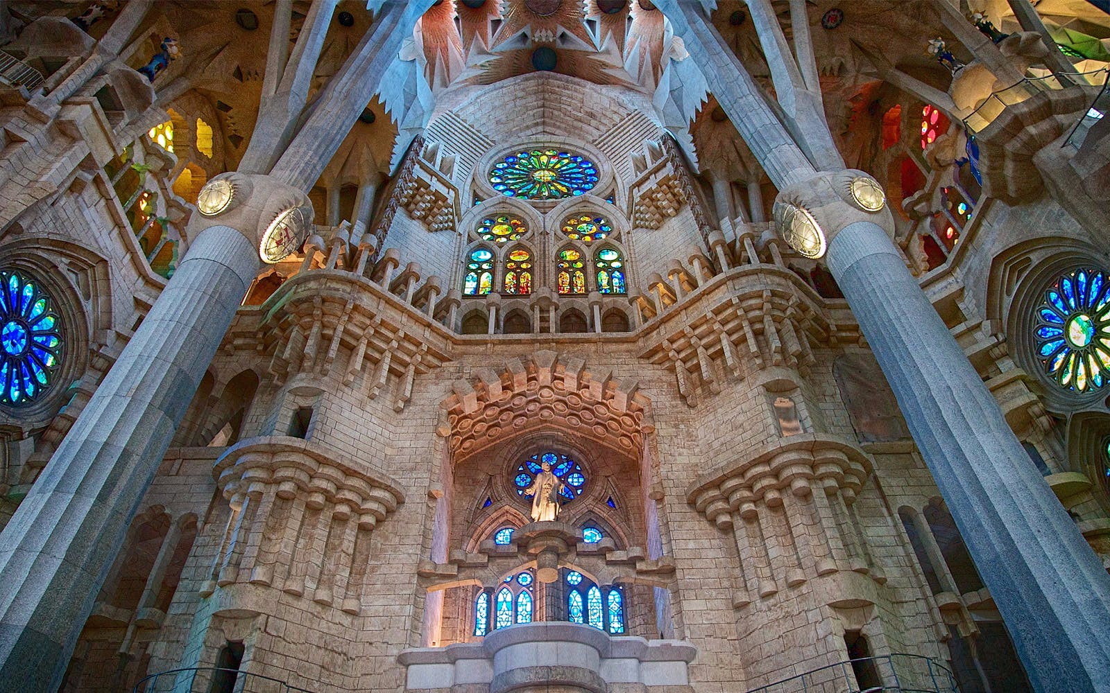 gaudi barcelona buildings- sagrada familia