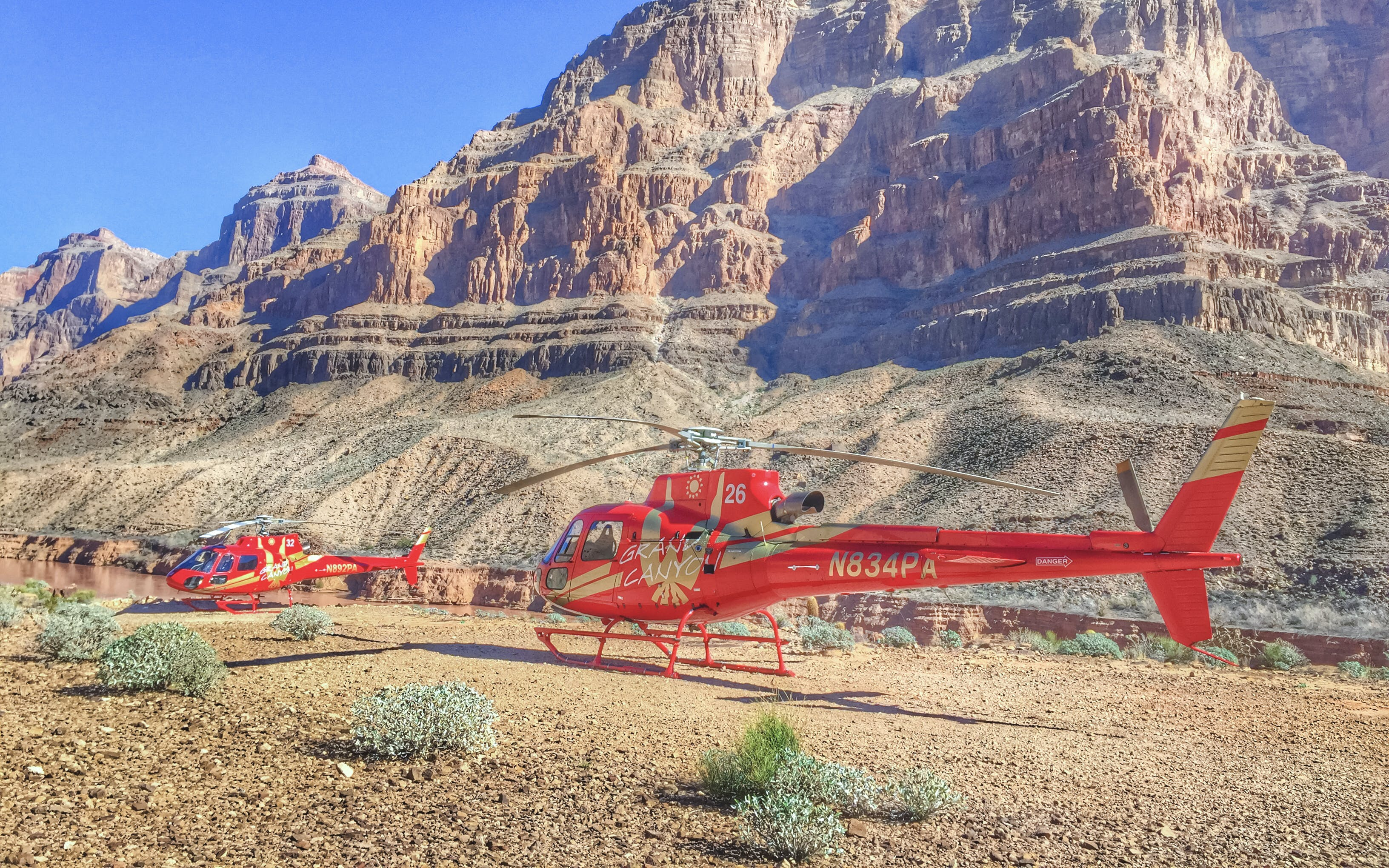 West Rim Helicopter Tour with River Cruise and Optional Skywalk (Self-Drive)