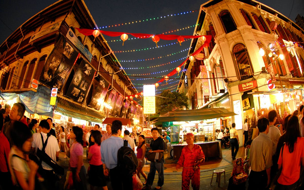 a chinatown & geylang night tour-4