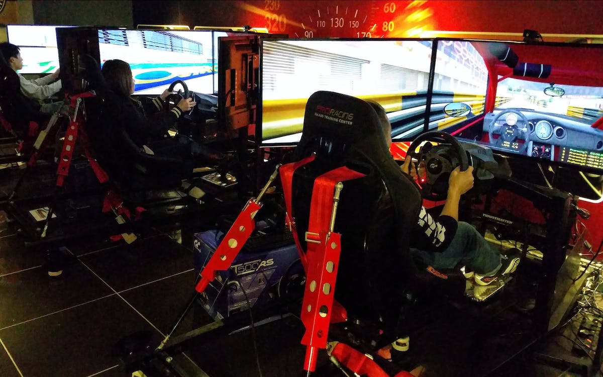 the 'f-1' racing game-3