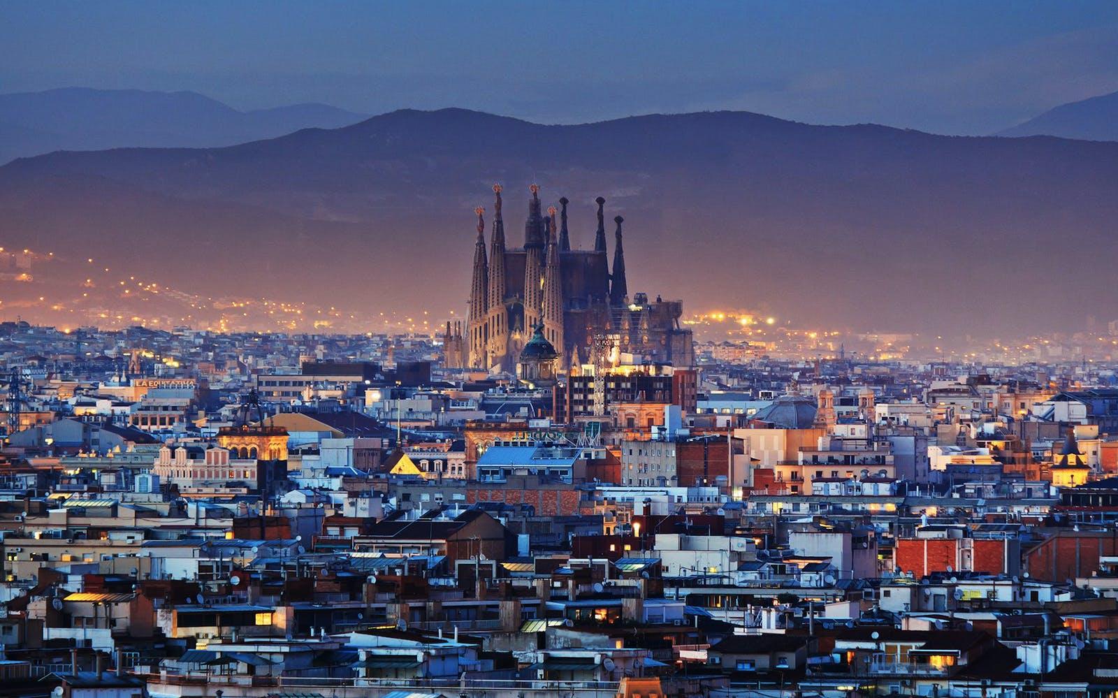 gaudi barcelona buildings - sagrada familia - 1
