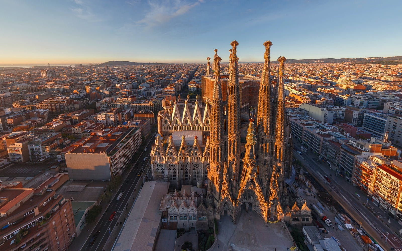 sagrada familia skip the line tickets with tower access and audio guide-2