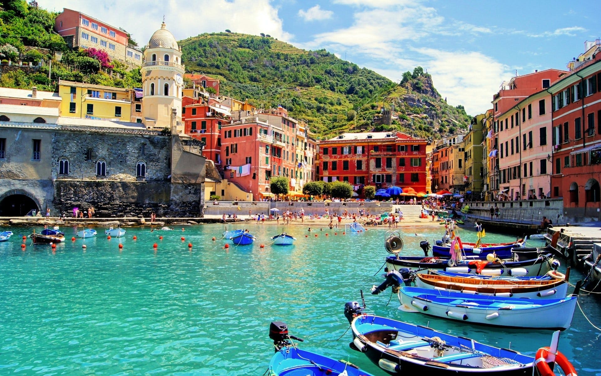 Cinque Terre Excursion with Classic Lunch