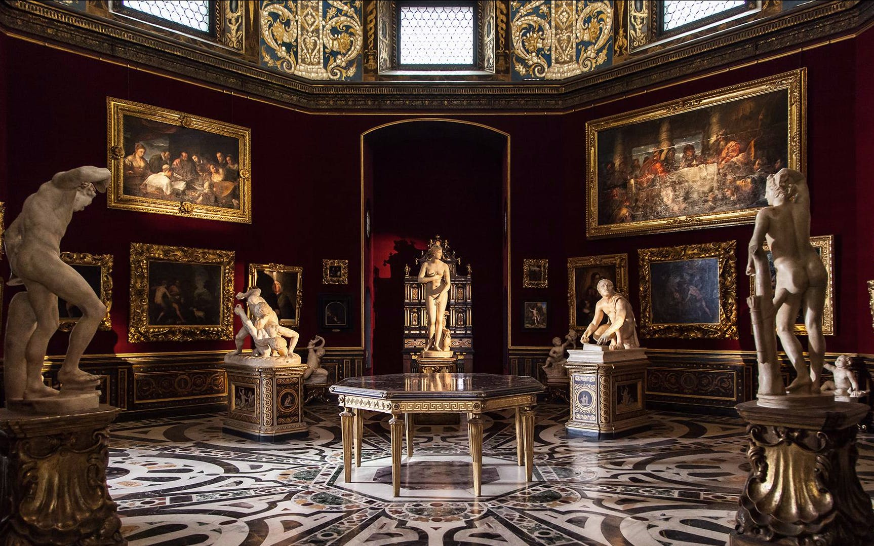 exclusive guided florence city walking tour with immersive art experience-4