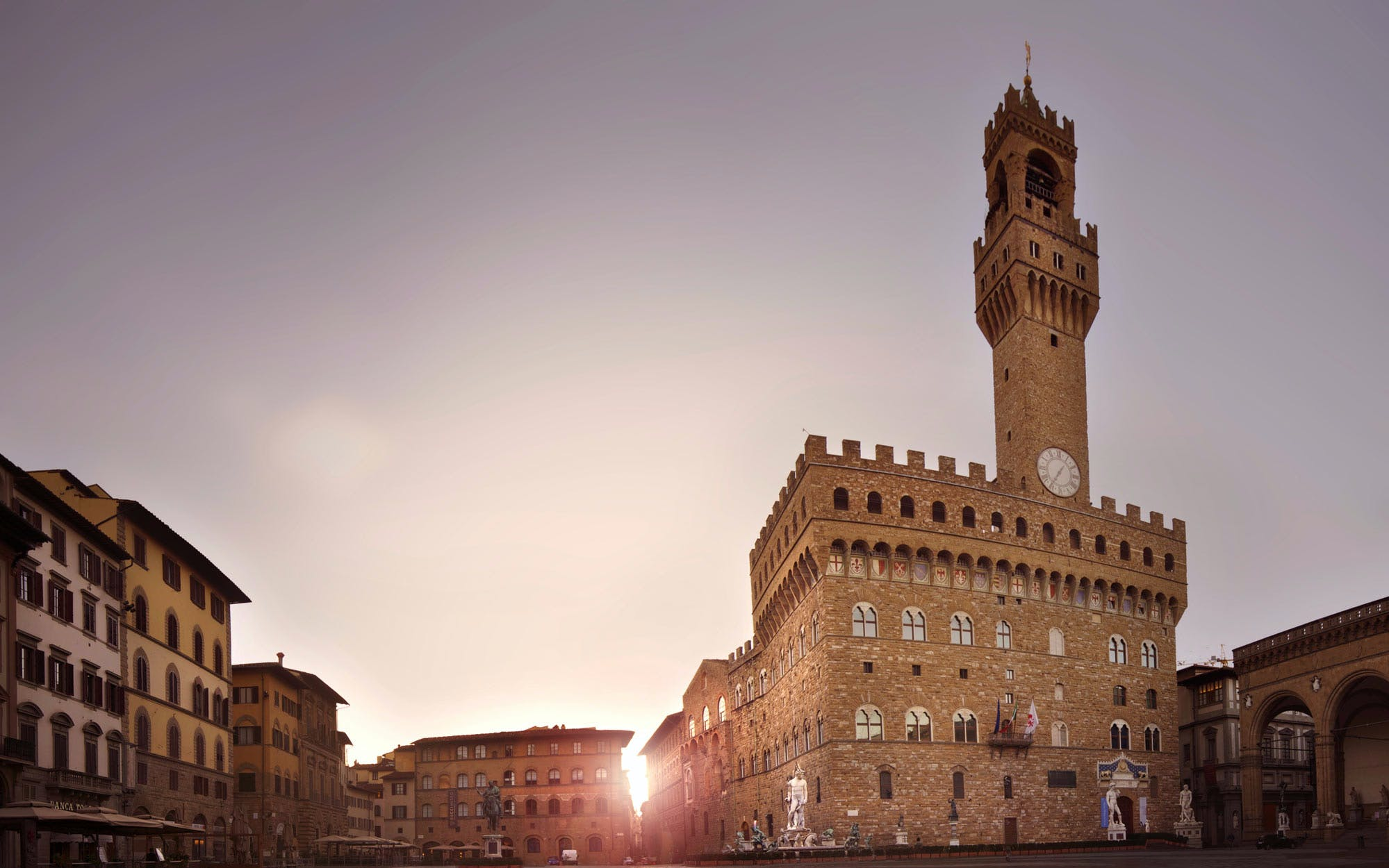 exclusive guided tour of palazzo vecchio and uffizi gallery-3
