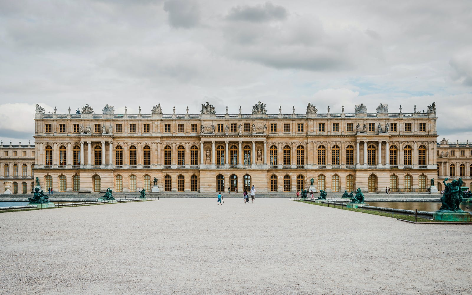 palace of versailles entry ticket with audioguide-1