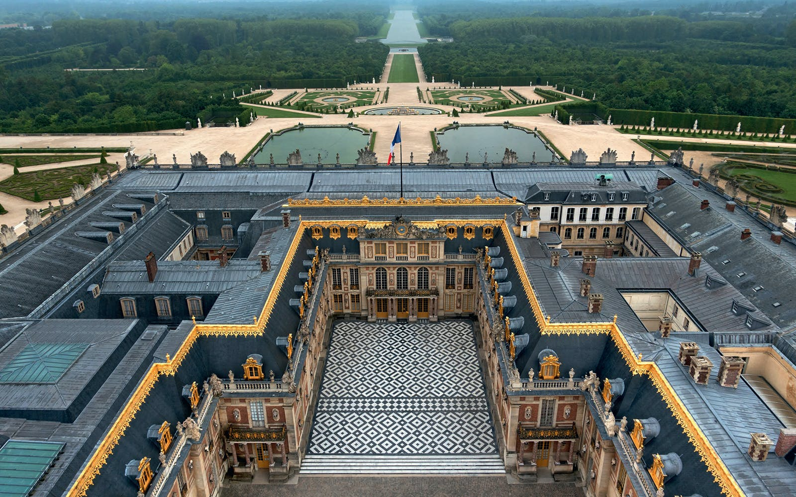 palace of versailles entry ticket with audioguide-10