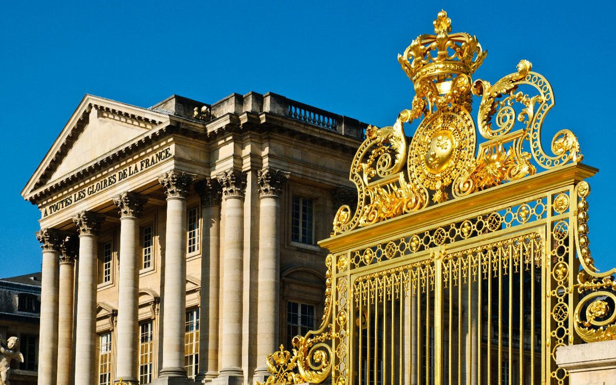 palace of versailles priority access tour from paris with transportation-4