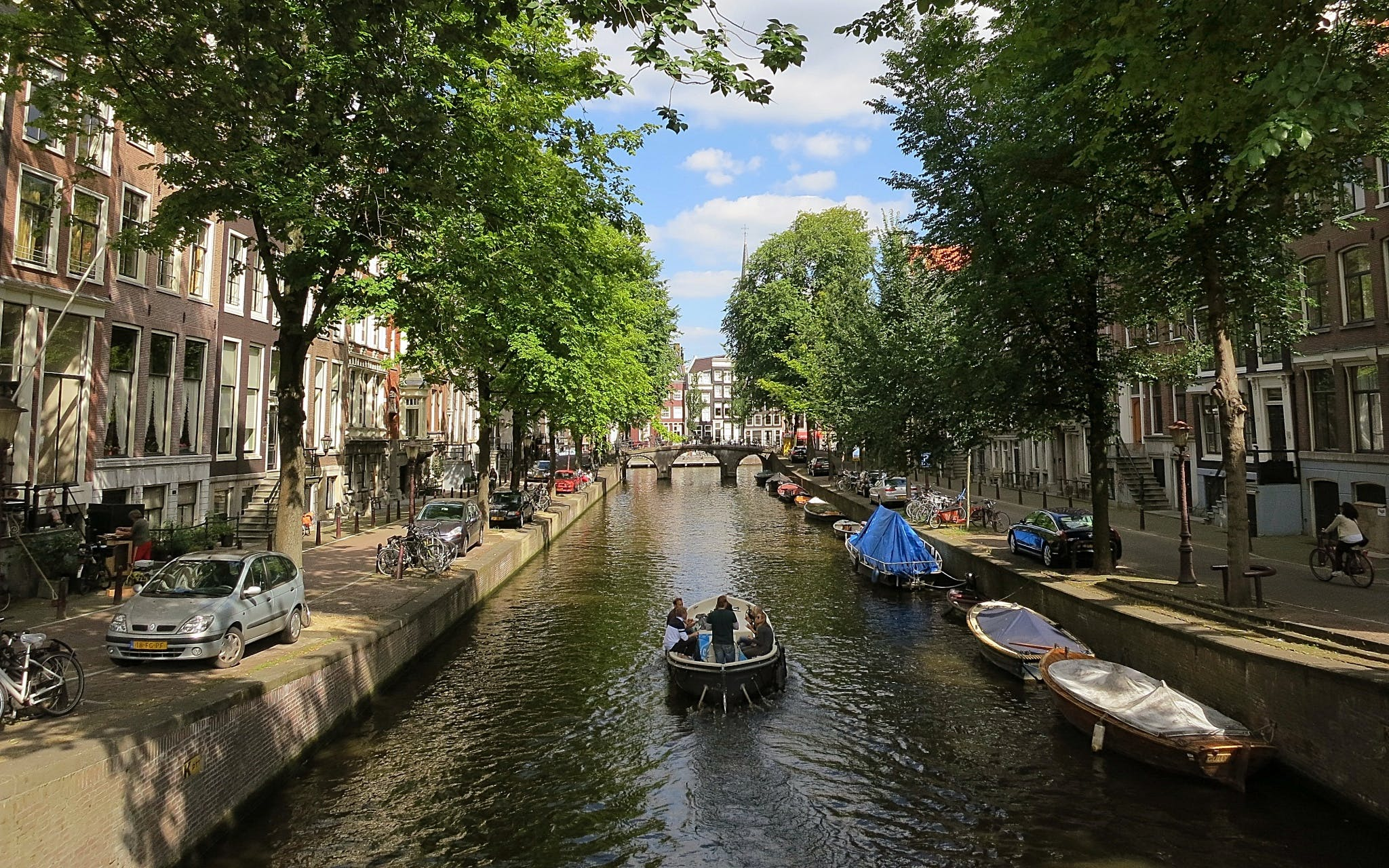 Open Boat Canal Cruise Best Prices Online
